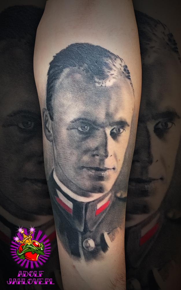 Adolf Studio Tatuażu Warszawa Tatuaże Warszawa Tattoo